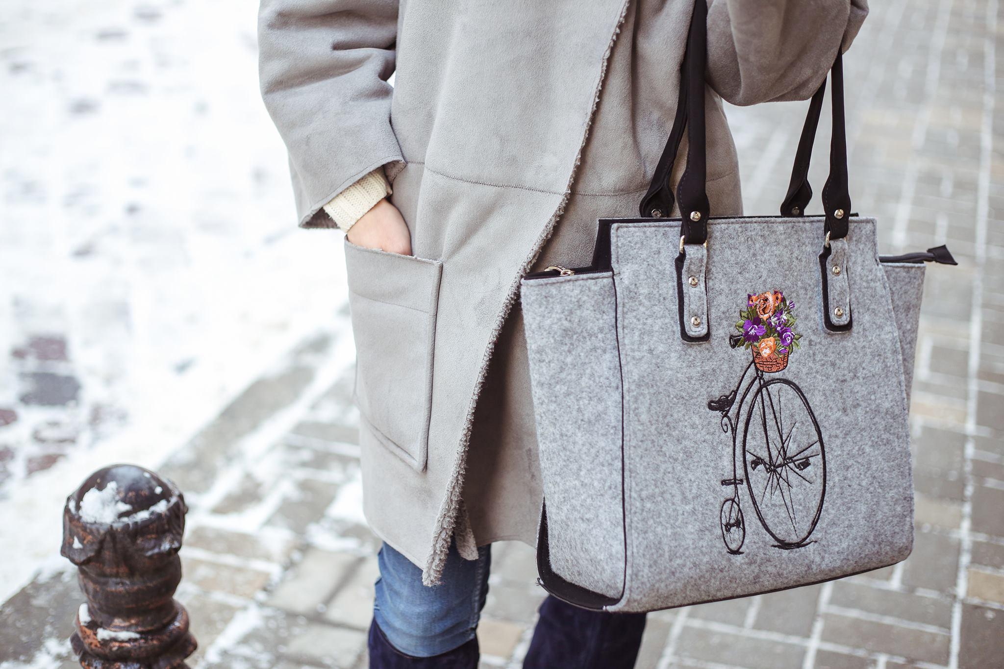 9616d36c84cc Что такое войлок и почему вы влюбитесь в эту сумку с первого взгляда?