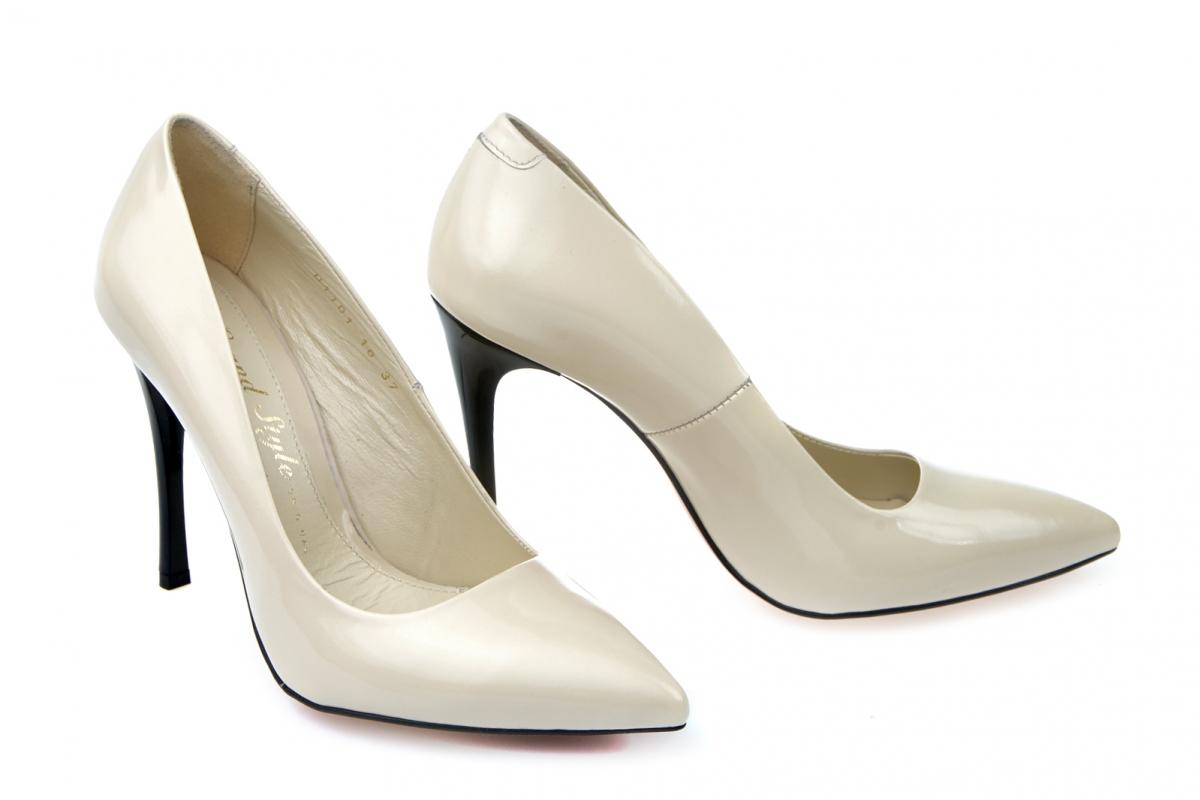 Купити Туфлі-човники 01101  1c806e2f1c520