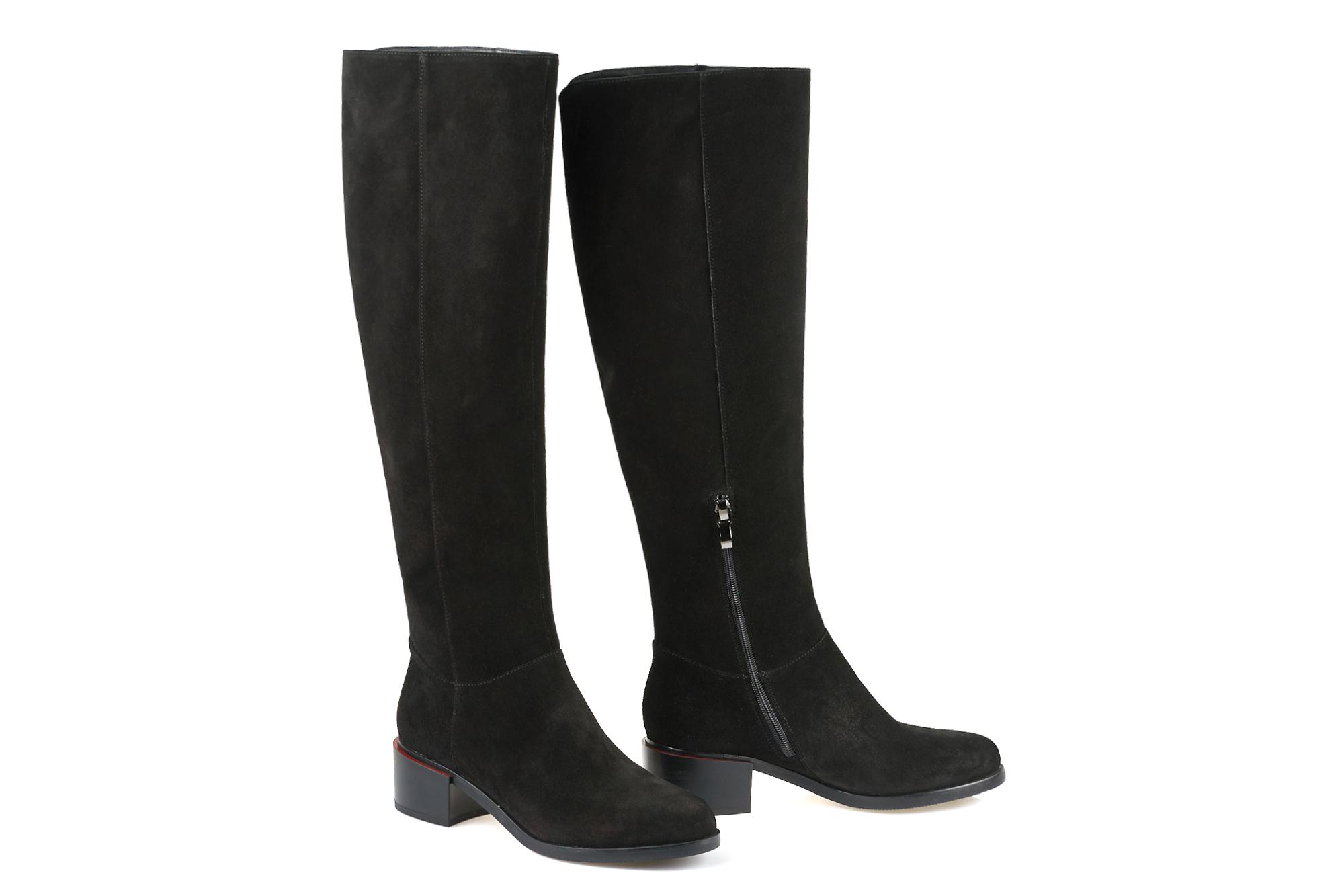 Чоботи жіночі. Купити жіночі чоботи - в інтернет магазині leomoda.ua ... de14bb998b0fb