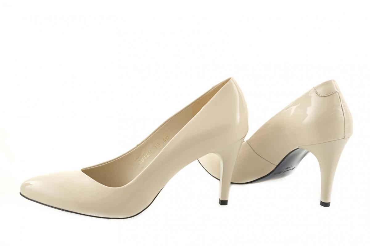e9f5f157052243 Купити Туфлі-човники 80180 | Колір: бежевий | Матеріал: шкіра ...