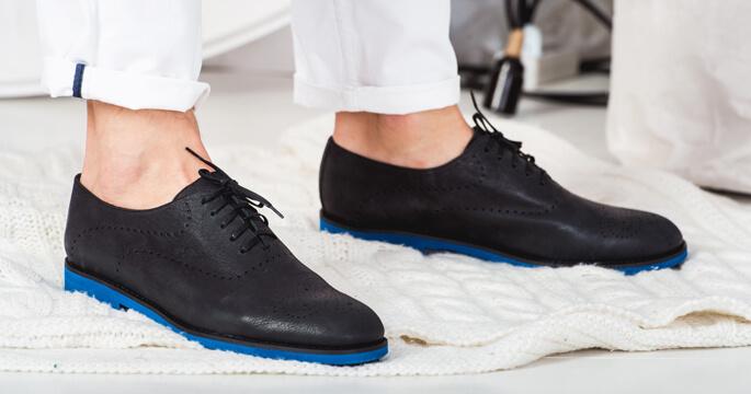 Чоловіче шкіряне взуття в ЛеоМода